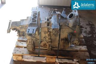 Scania GR875