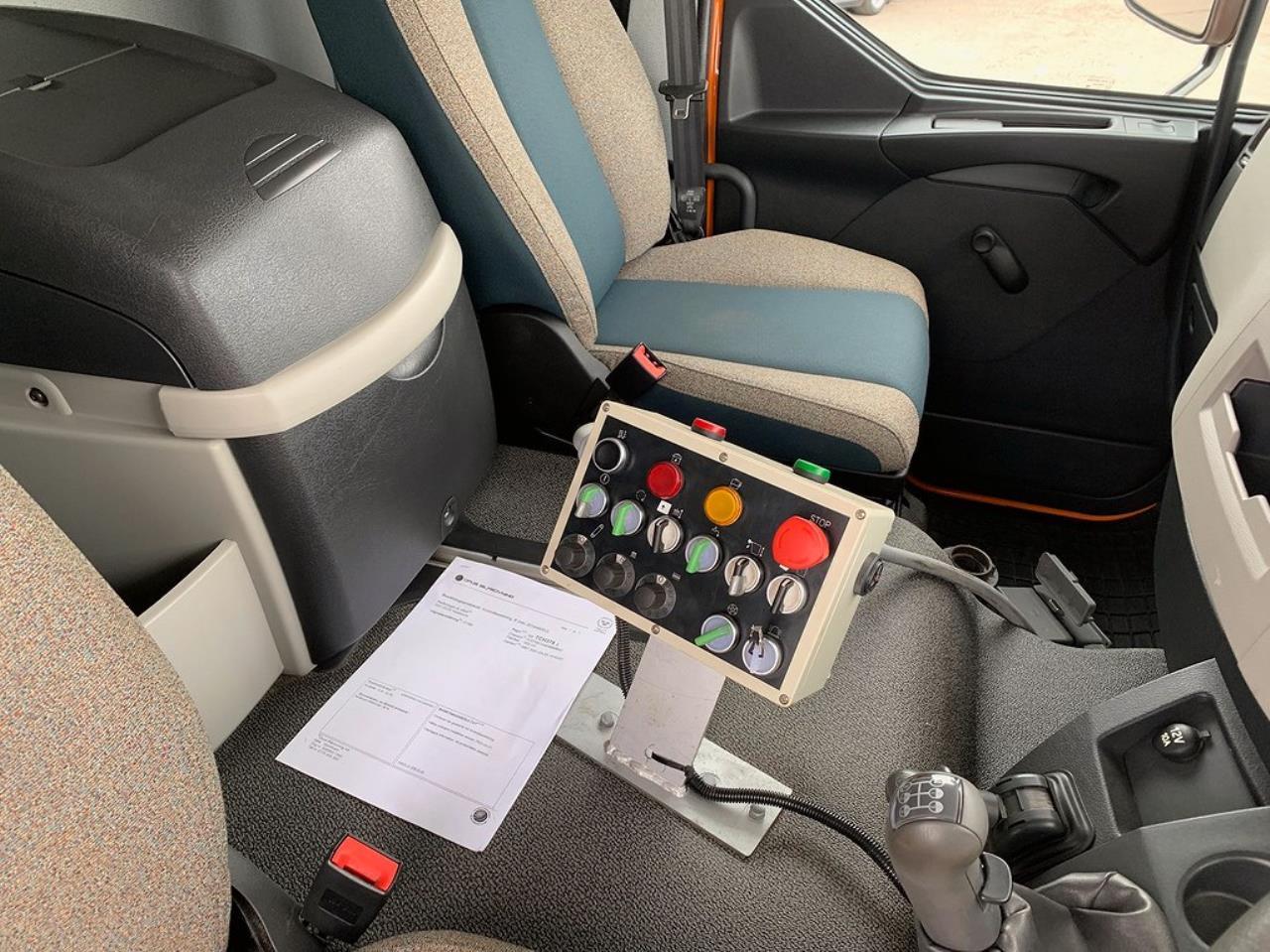 Volvo FL250 4x2 Sopmaskin Euro 6 Brodd  2014 - Sopbil