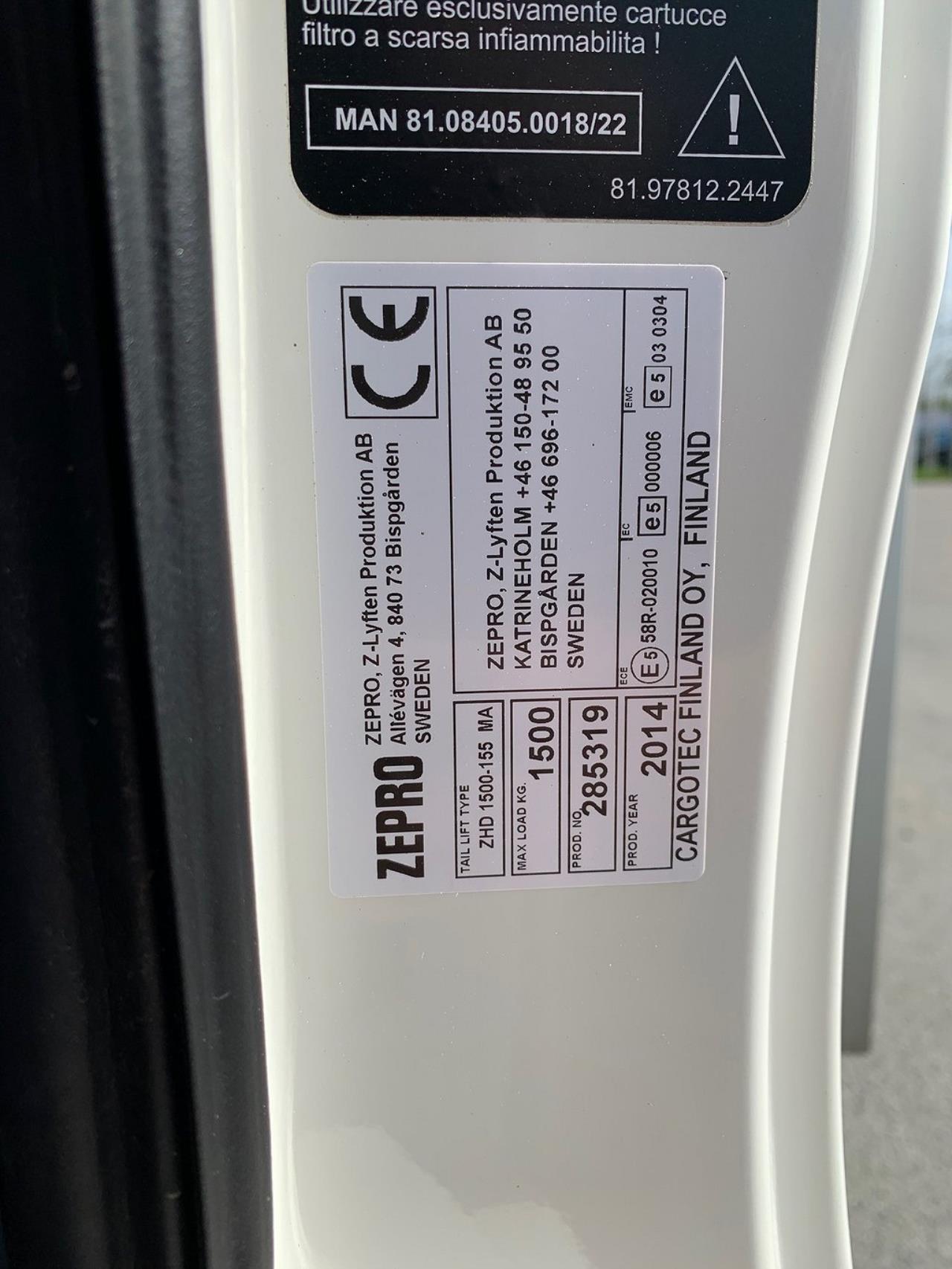 MAN TGL 12.220 4x2 Skåp Öppningsbar sida Euro 6 2015 - Skåp