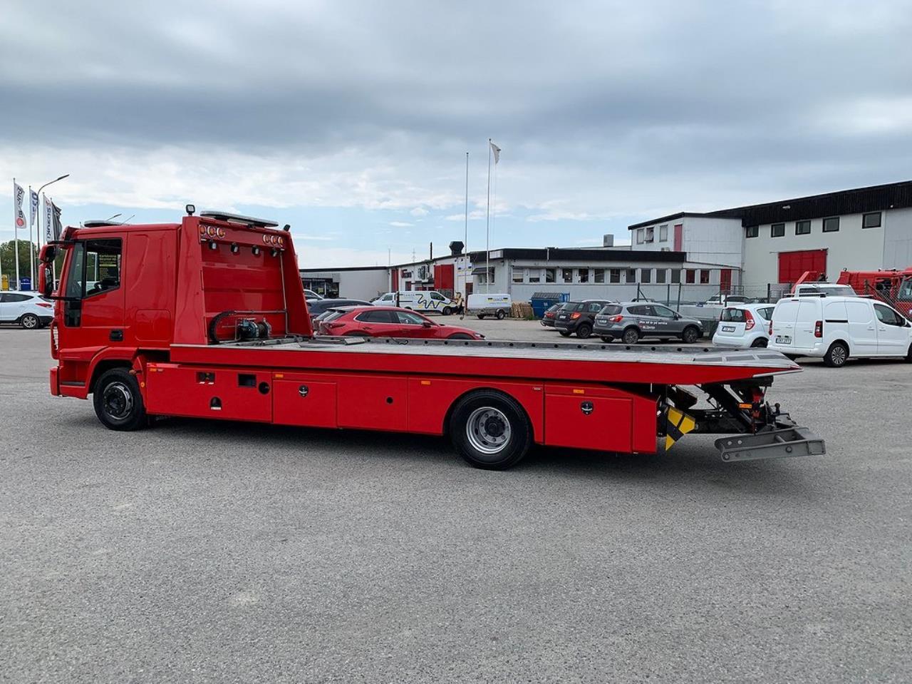 Iveco Eurocargo 120-220L Bärgningsbil Sovhytt 2019 - Bärgningsbil