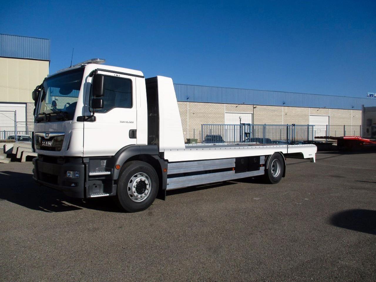 MAN TGM 18.320 4x2 Maskinbil Maskintransport  2021 - Biltransport